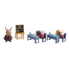 Игровой набор Peppa ИДЕМ В ШКОЛУ класс 5 фигурок