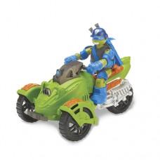 Боевой транспорт с фигуркой Черепашки Ниндзя Трехколесный мотоцикл и Лео
