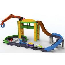 Игровой набор Грузовая Станция с паровозиком Коко на батарейках